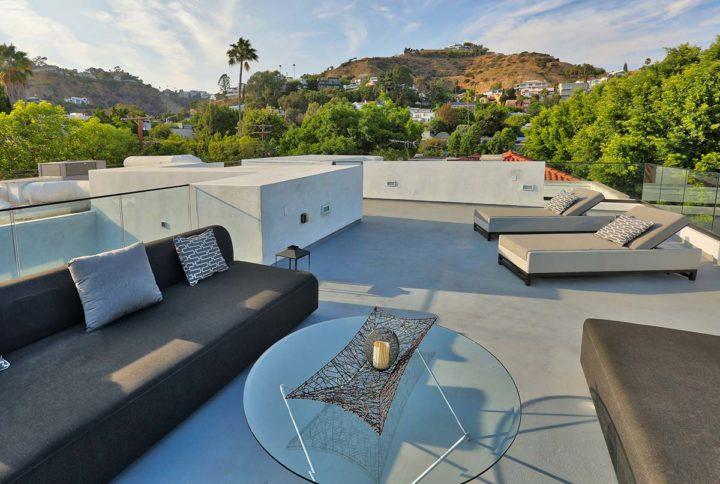 1621 N Fairfax Ave - rooftop patio