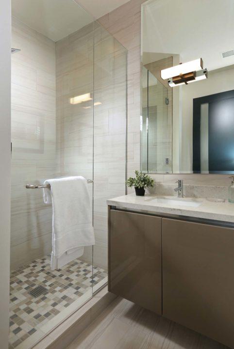 1621 N Fairfax Ave - bathroom shower