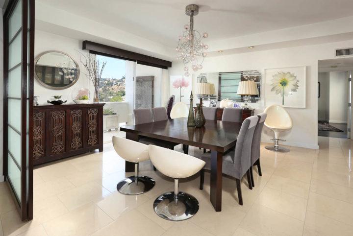 7250 Franklin Ave dining room