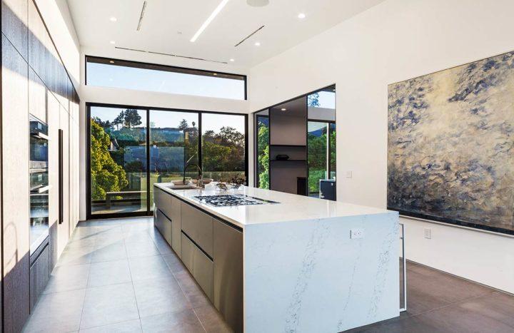 2660 Skywin Way - Updated - kitchen