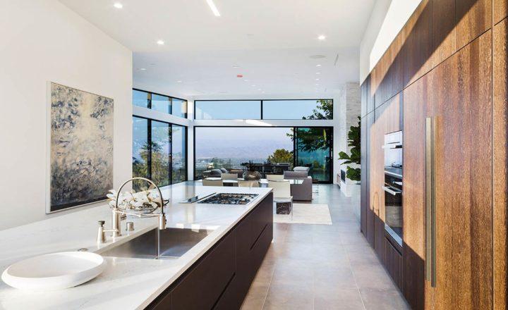 2660 Skywin Way - Updated - kitchen view