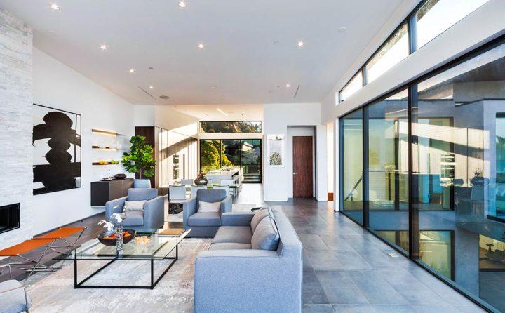 2660 Skywin Way - Updated - living area