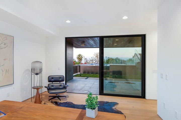 2660 Skywin Way - Updated - 1stfloor patio door