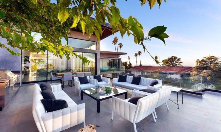 2660 Skywin Way - Updated - patio tree