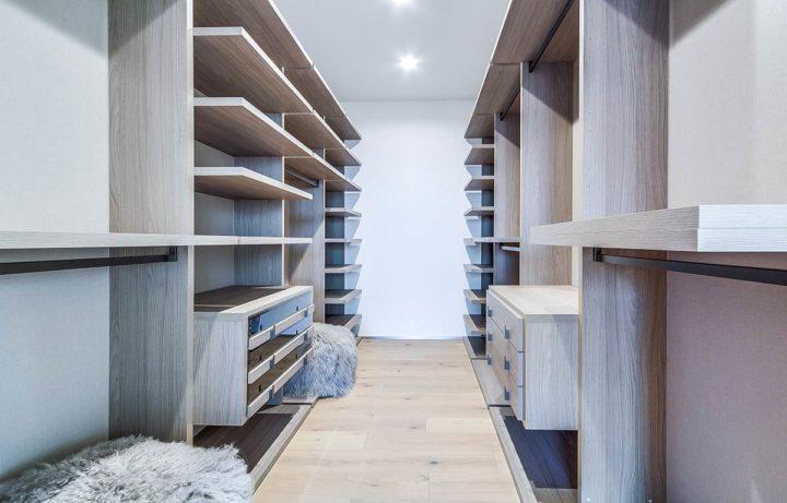 2660 Skywin Way - Updated - walkin closet